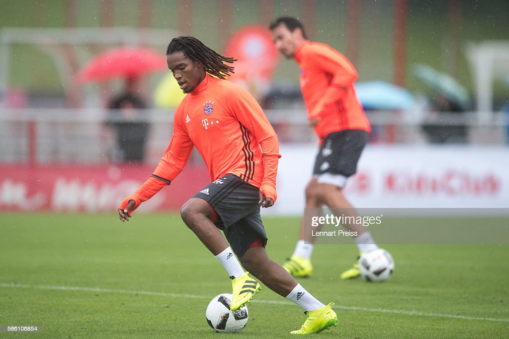 Renato Sanches in action during a training session of FC Bayern Muenchen on August 5, 2016 in Munich, Germany.