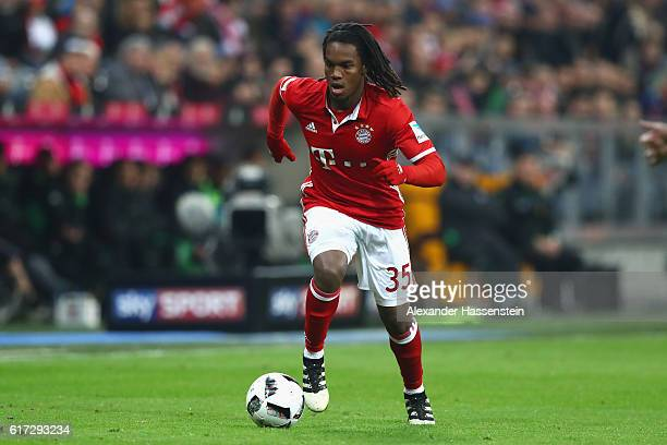 Renato Sanches of Muenchen runs with the ball during the Bundesliga match between Bayern Muenchen and Borussia Moenchengladbach at Allianz Arena on...
