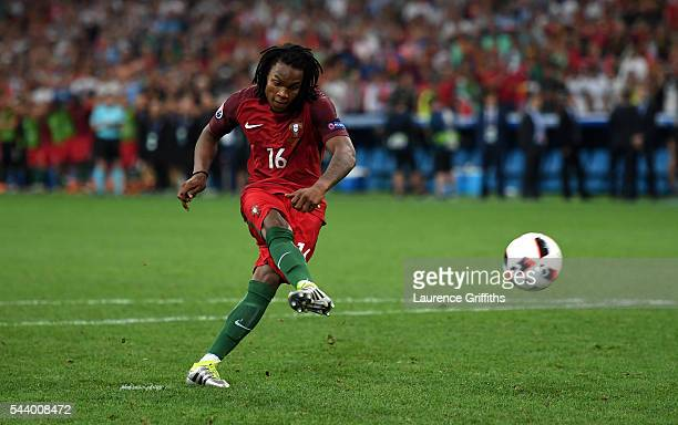 Renato Sanches of Portugal scores at the penalty shootout during the UEFA EURO 2016 quarter final match between Poland and Portugal at Stade...