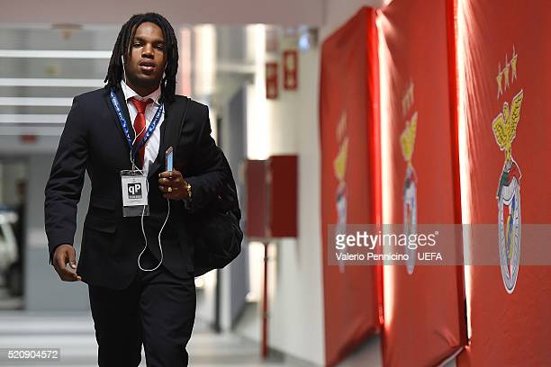 Renato Sanches of SL Benfica walks to the dressing room prior to the UEFA Champions League quarter final second leg match between SL Benfica and FC...