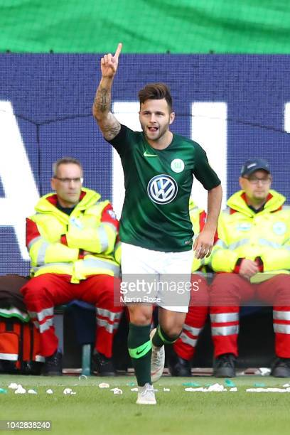 Renato Steffen of VfL Wolfsburg celebrates after scoring the equalising goal during the Bundesliga match between VfL Wolfsburg and Borussia...