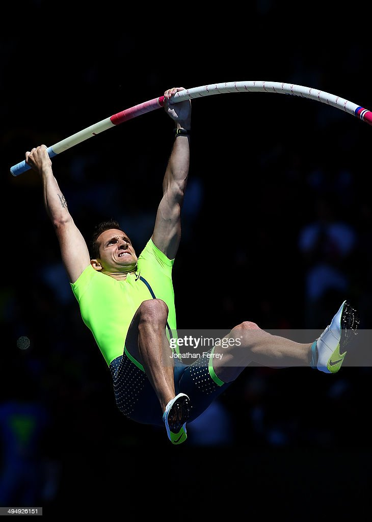 Renaud Lavillenie of France competes in the pole vault during day 2 of the IAAF Diamond League Nike Prefontaine Classic on May 31, 2014 at the Hayward Field in Eugene, Oregon.