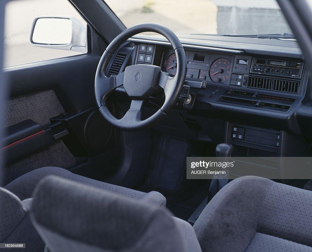 https://media.gettyimages.com/photos/renault-21-2l-turbo-en-france-le-17-juillet-1987-lors-dun-test-du-picture-id162554586