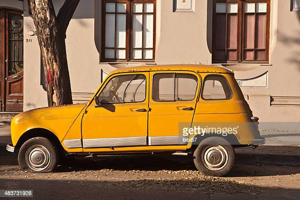 Renault 4 in the street