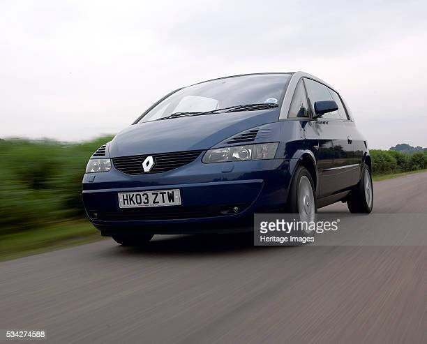 Renault Avantime driving on country road 2000