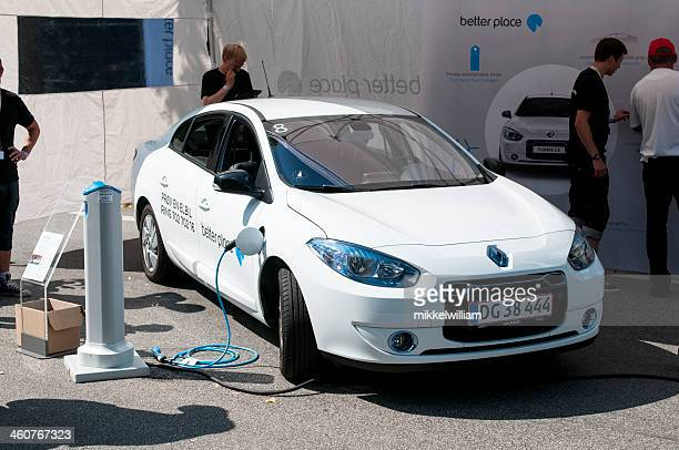 Renault Fluence is being charged