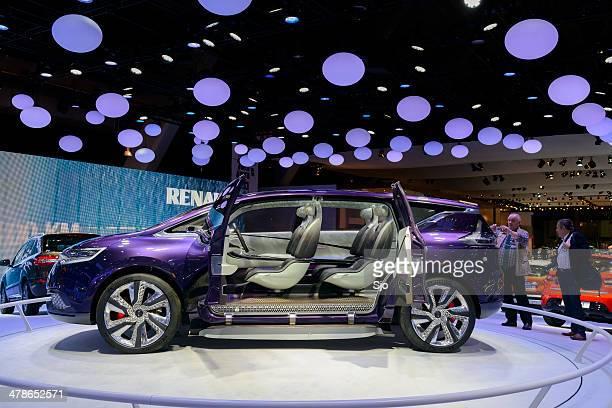 Renault, Initiale Paris interior