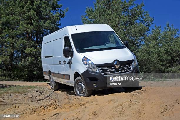 Renault Master 4x4 on the off-road