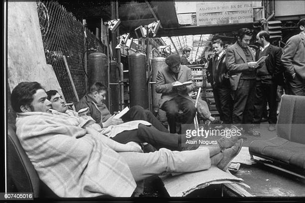 Renault strikers occupy a factory in BoulogneBillancourt