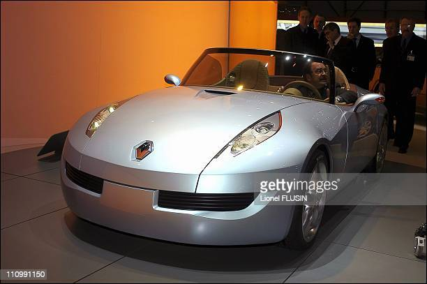 Renault Wind Stock Photos And Pictures Getty Images