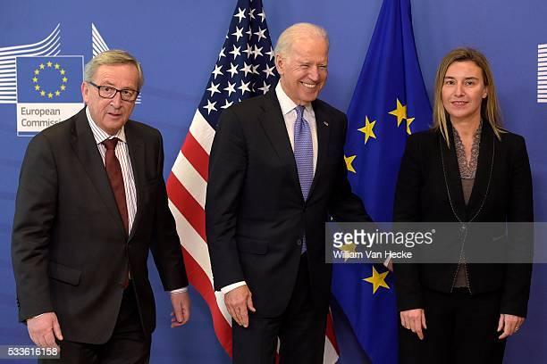 Rencontre entre le président de la Commission Européenne JeanClaude Juncker Federica Mogherini et le VicePrésident des États Unis Joe Biden...