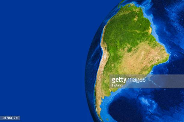 3d render of planet earth with south america in main focus. - america latina foto e immagini stock