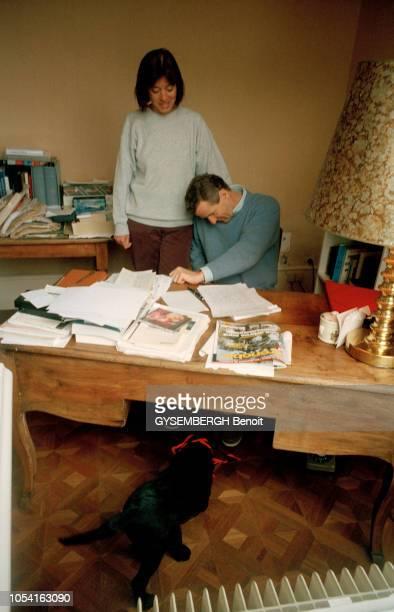 Rendezvous avec Alain CARIGNON et son épouse Jacqueline chez eux à SAINT ROMANS en Isère le 13 mai 1995 Alain CARIGNON toujours sous le coup d'une...