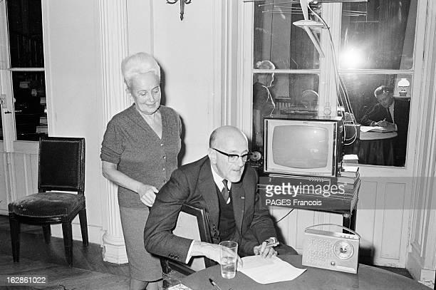 Rendezvous With Andre Chamson France 19 décembre 1965 André CHAMSON est un archiviste romancier et essayiste français Il fut directeur des Archives...
