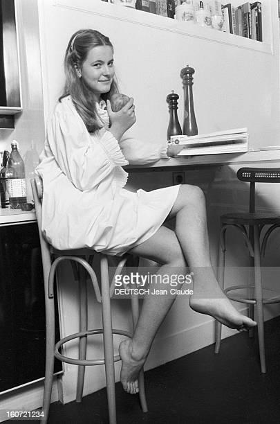 Rendezvous With Anja Schute Le 17 octobre 1980 l'actrice allemande Anja SCHUTE qui interprète l'un des principaux personnages Julia dans le film...