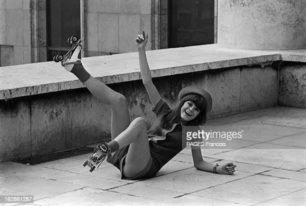 Rendezvous With Annie Nicholas France 22 octobre 1966 l'actrice Annie NICHOLAS a tourné dans le film 'À coeur joie' du réalisateur Serge Bourguignon...