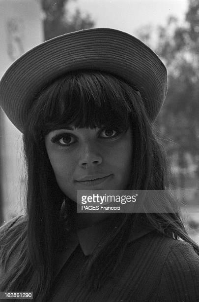 Rendezvous With Annie Nicholas France 22 octobre 1966 Portrait de l'actrice Annie NICHOLAS qui a tourné dans le film 'À coeur joie' du réalisateur...