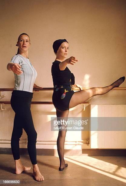 Rendezvous With Catherine Deneuve Pour retrouver la forme après la naissance de sa fille Chiara Mastroianni née le 28 juin Catherine DENEUVE suit des...