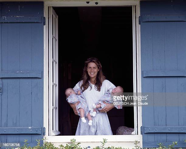Rendezvous With Catherine Pironi And Her Test-tube Twins. Rambouillet- juin 1988- Portrait de Catherine PIRONI, mère des jumeaux Didier et Gilles,...