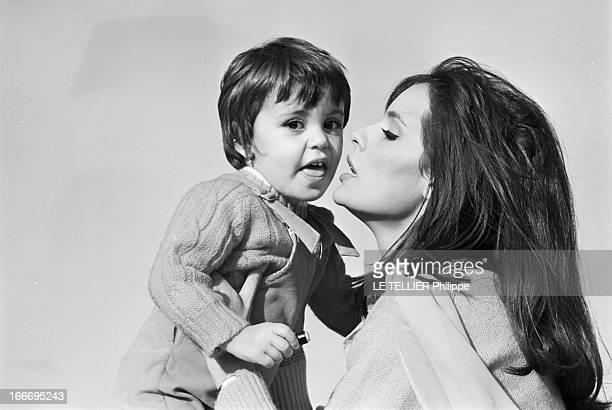 Rendezvous With Daniele Gaubert France Authouillet 23 janvier 1967 la comédienne française Danièle GAUBERT s'apprête à tourner à nouveau dans le film...
