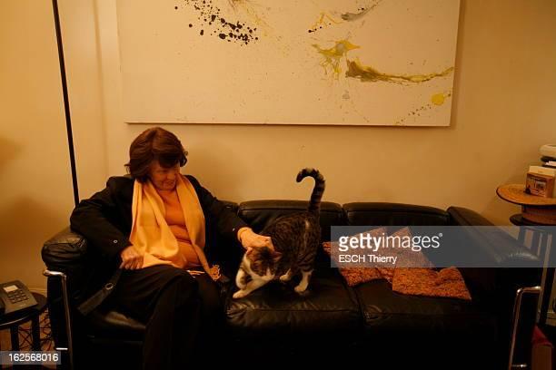 Rendezvous With Danielle Mitterrand Vendredi 15 janvier 2010 A l'occasion de la sortie de son livre d'entretiens 'Danielle Mitterrand Mot à mot'...