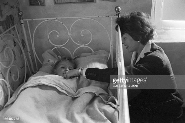 Rendezvous With Dawn Addams Italie Sorano 21 novembre 1957 l'actrice anglais Dawn ADDAMS a épousé le prince Vittorio Massimo Dans leur propriété ils...