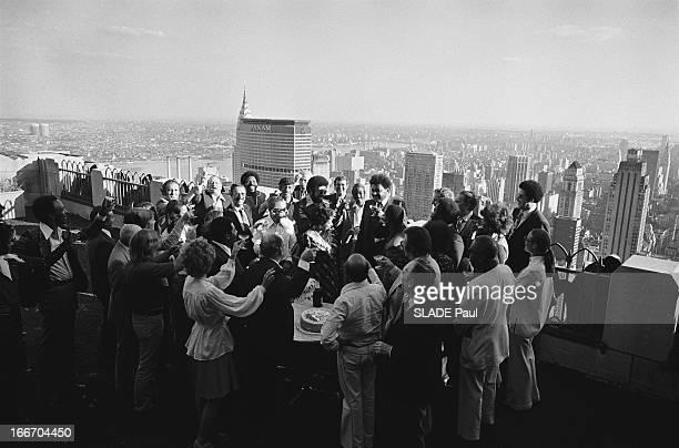 Rendezvous With Don King In New York. Don KING, l'organisateur du match Muhammad Ali - Joe Frazier à Manille le 1er octobre 1975, dans ses bureaux du...