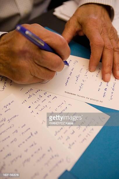 Rendezvous With Elie Wiesel In New York Elie WIESEL auteur du livre 'Otage' aux éditions Grasset reçoit Paris Match dans son bureau de NEW YORK gros...
