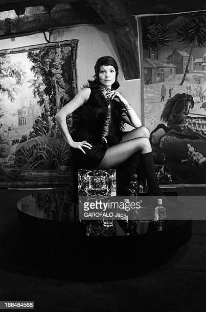 Rendezvous With Elsa Martinelli France 7 décembre 1970 l'actrice italienne Elsa MARTINELLI a d'abord été mannequin avant de se tourner vers le 7ème...