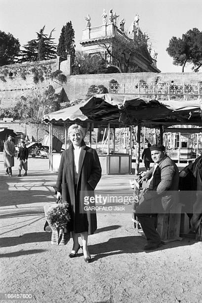 Rendezvous With Federico Fellini And Gulietta Masina Italie Rome 5 décembre 1957 l'actrice italienne Giulietta MASINA et le réalisateur de cinéma et...
