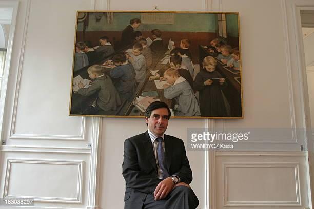 Rendezvous With Francois Fillon At The Ministry Of Education François FILLON ministre de l'Education nationale posant sous un tableau représentant...