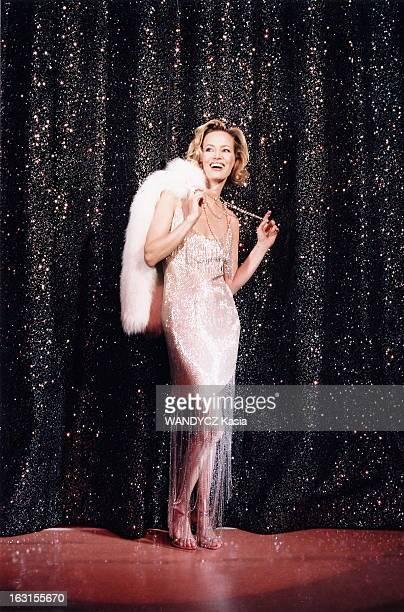 Rendezvous With Gabrielle Lazure At Michel Theater Where She Plays In 'Copier/Coller' Gabrielle LAZURE au théâtre Michel à PARIS plan de face de la...