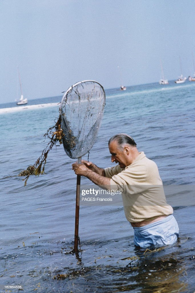 Rendezvous With Georges Pompidou On Holiday In Britain In 1965 : Photo d'actualité
