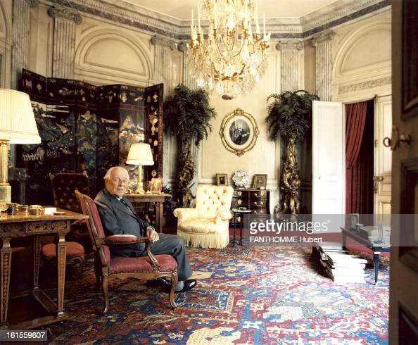 Rendezvous with guy de rothschild at home pictures getty - Hotel ile saint louis ...