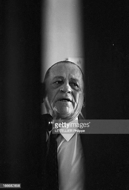 Rendezvous With Henri Charriere Known As Papillon Le 14 mai 1969 portrait de face entre deux caches noirs de l'écrivain et ancien bagnard Henri...