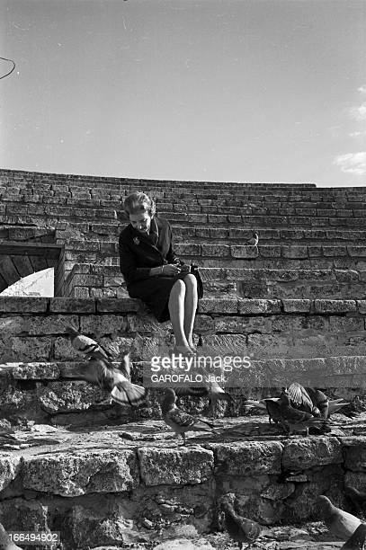 Rendezvous With Ingrid Of Denmark And The Duchess Fouche Of Otranto On Holiday In France France BauxdeProvence 27 octobre 1966 Vacances dans le sud...