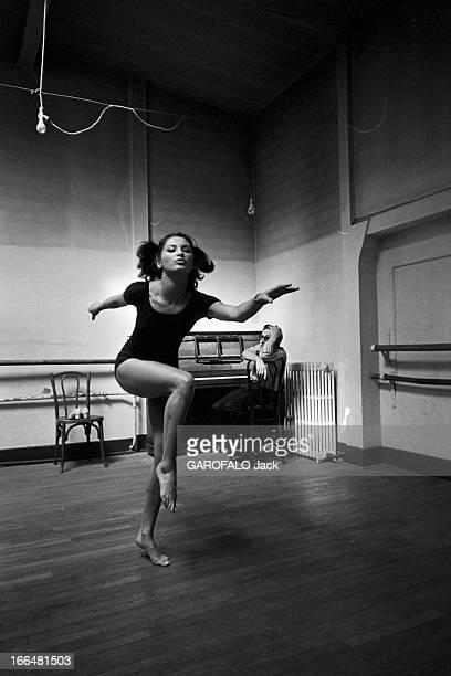 Rendezvous With Iris Frank France BoulogneBillancourt 20 juillet 1967 Iris FRANK est danseuse et actrice Elle tournera notamment dans le film 'Les...