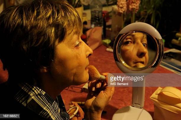 Rendezvous With Isabelle Dinoire First Face Transplant Rendezvous avec Isabelle DINOIRE défigurée en 2005 par la morsure de son chien elle a reçu la...