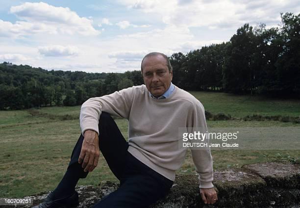 Rendezvous With Jacques Chirac At Home In Correze. Corrèze, Sarran, Château de Bity- Septembre 1999- Reportage sur Jacques CHIRAC et sa famille:...
