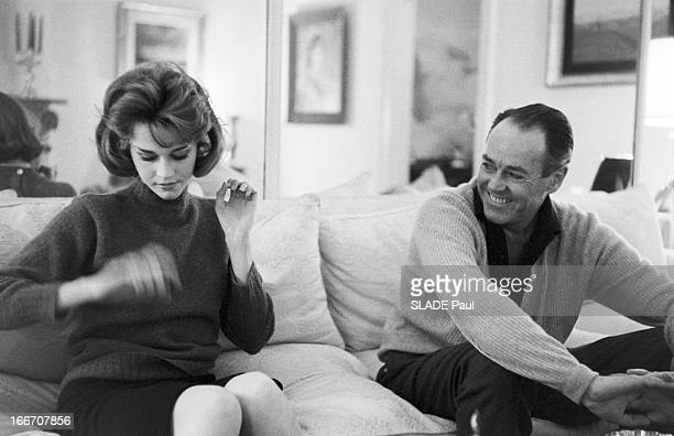 Rendezvous With Jane Fonda And Her Father Henry In New York. Jane FONDA, 22 ans, fille de l'acteur Henry FONDA, rend visite à son père à NEW YORK....