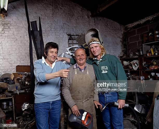 Rendezvous With Jeanpierre Rives And Jennifer In Their Loft Near Bastille Parisnovembre 1987 Portrait de JeanPierre RIVES dans leur loft près de la...