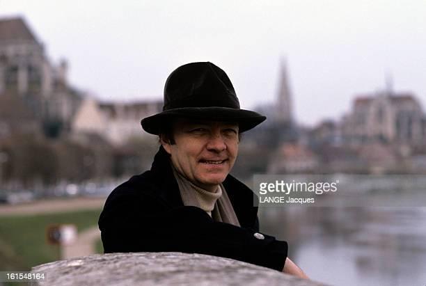 Rendezvous With John Paul Rappeneau Auxerre 19 février 1991 le réalisateur JeanPaul RAPPENEAU dans sa ville natale Portrait de JeanPaul RAPPENEAU...