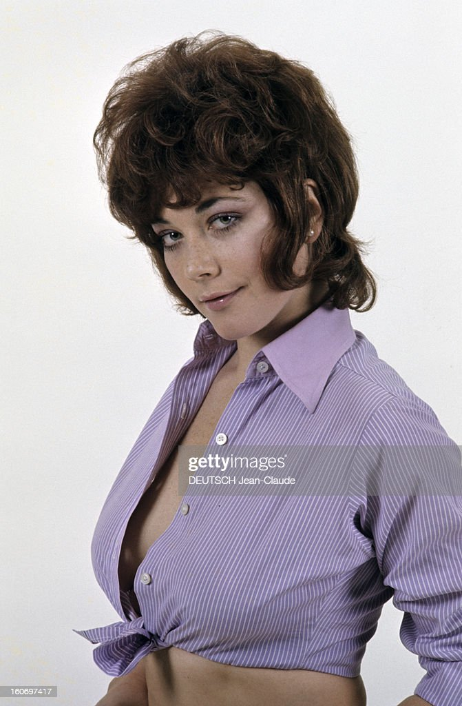 Rendezvous with linda thorson in london pictures getty images rendezvous with linda thorson in london portrait de linda thorson portant un chemisier parme thecheapjerseys Images