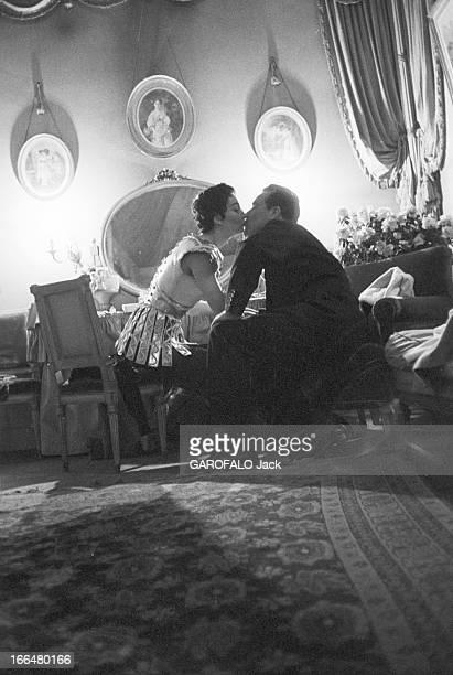 Rendezvous With Ludmilla Tcherina France NeuillysurSeine février 1954 lors du tournage du film qu'elle prépare 'La fille de MataHari' du réalisateur...