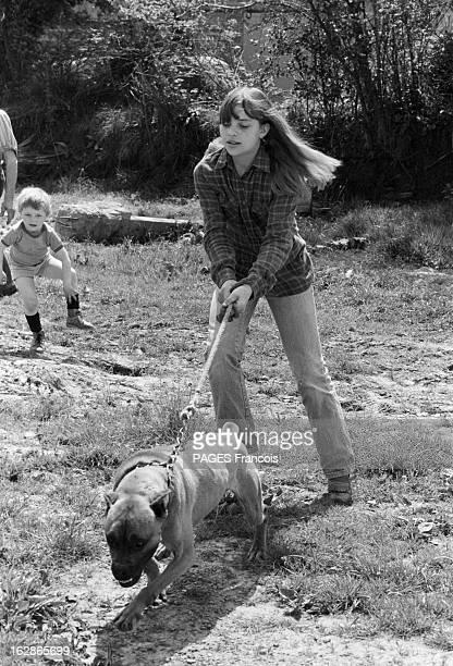 Rendezvous With Madeleine Desdevises. France, Saint-Aubin-du-Perron, 14 mai 1979, l'actrice française Madeleine DESDEVISES est l'héroine du film 'La...
