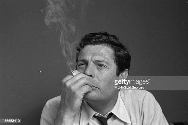 Rendezvous With Marcello Mastroianni. 14 juin 1961- Rendez-vous avce Marcello MASTROIANNI, acteur italien: portrait de l'acteur fumant une cigarette.
