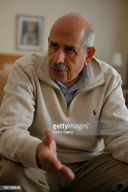Rendezvous With Mohamed Elbaradei. Le prix Nobel de la paix 2005, Mohamed EL BARADEI dans sa maison du Caire. Avril 2010.