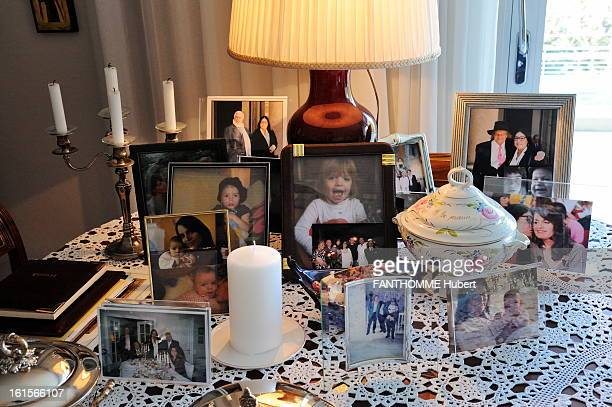 Rendezvous With Nana Mouskouri At Home In Geneva In the apartment of Nana Mouskouri has GENEVA a coffee table lots of pictures and objects
