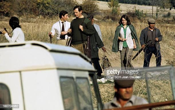 Rendezvous With Prince Charles Prince Of Wales Andalousie novembre 1973 A l'occasion de la chasse à la perdrix en Espagne Le Prince CHARLES une paire...