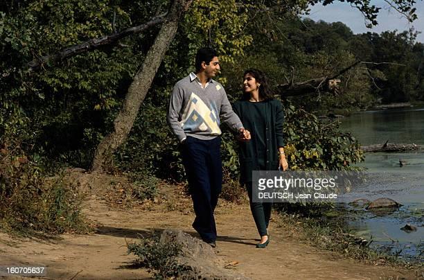 Rendezvous With Reza Pahlavi And Yasmine In United States Aux EtatsUnis en octobre 1986 Reza PAHLAVI fils du SHAH D'IRAN SHAH II et son épouse...
